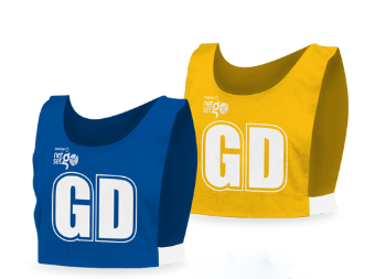 Positional bibs in blue and yellow